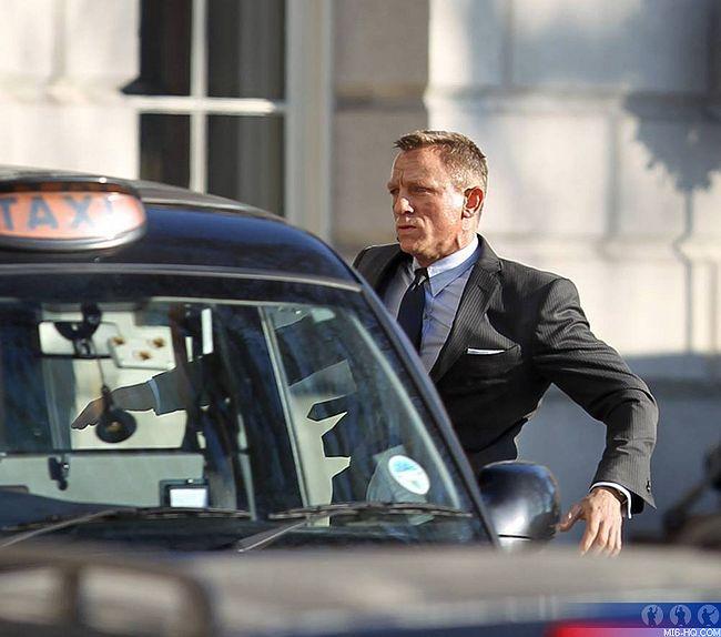 James Bond Skyfall - 2012 James_Bond_23_Skyfall_Photos_photos_photos_et_le_retour_du_MI6_c
