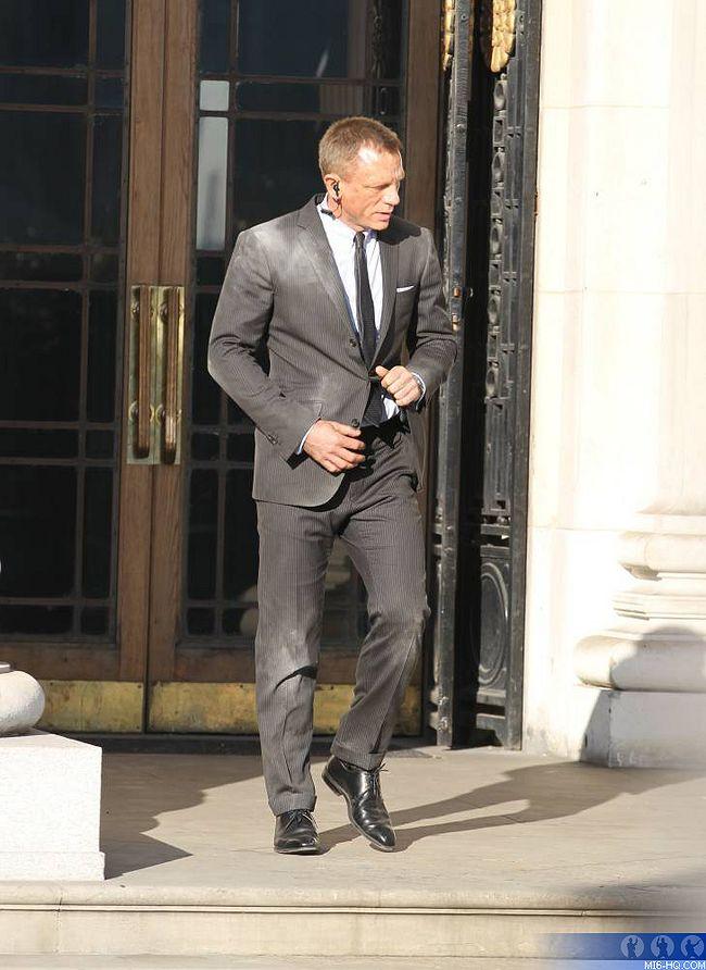 James Bond Skyfall - 2012 James_Bond_23_Skyfall_Photos_photos_photos_et_le_retour_du_MI6_e