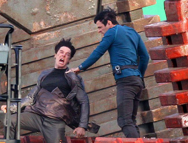 Star Trek : Into Darkness - 17 mai 2013 Star_Trek_2_Star_Trek_12_Les_premieres_photos_2