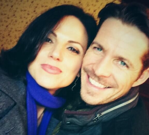 Promo & Sneak Peek Fairy_tales_ii_lana_parrila_et_sean_maguire_a_paris_photo_3