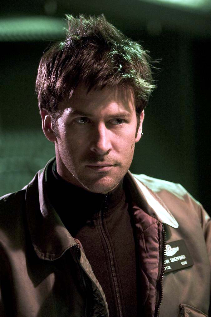 Regarde une feuille de personnage Stargate_joe_flanigan_interview_6