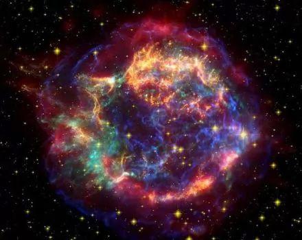معلومات عن الفضاء الخارجي Large_l_1350767228
