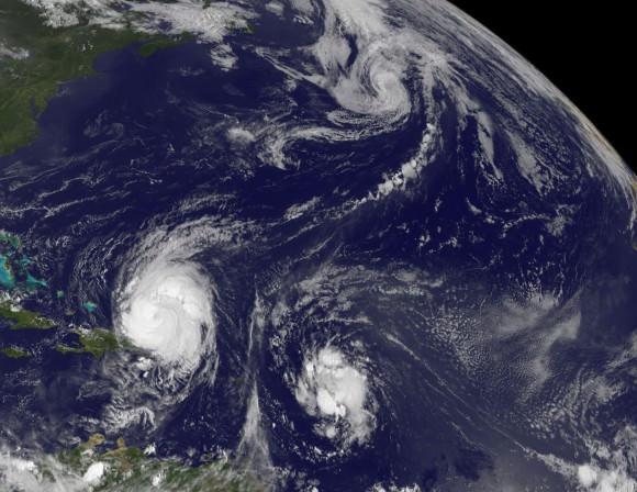 Saison 2010 des cyclones 3-tropicals-580x448
