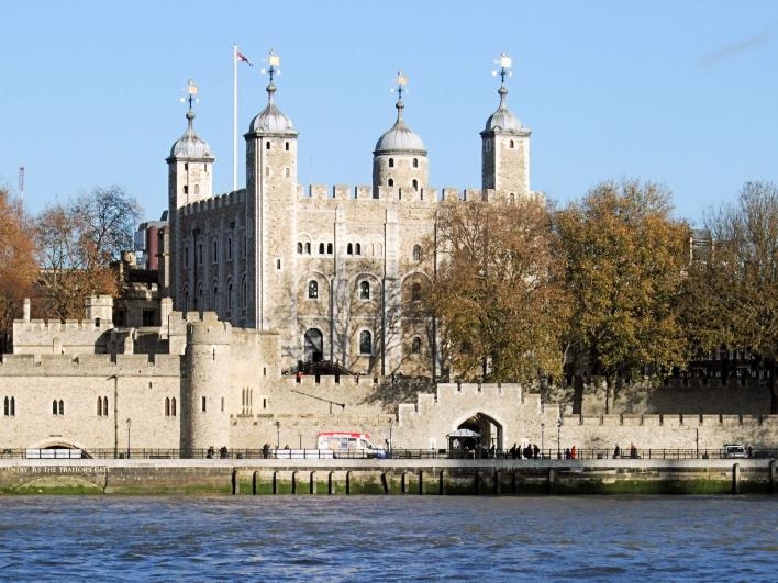 London Tower-of-london-100