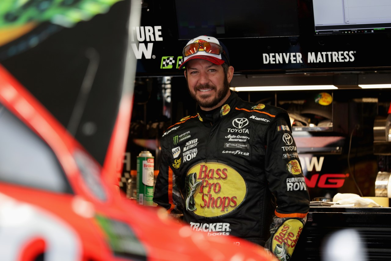 Monster Energy NASCAR Cup - Page 10 052517_02_CMS_MENCS_Truex