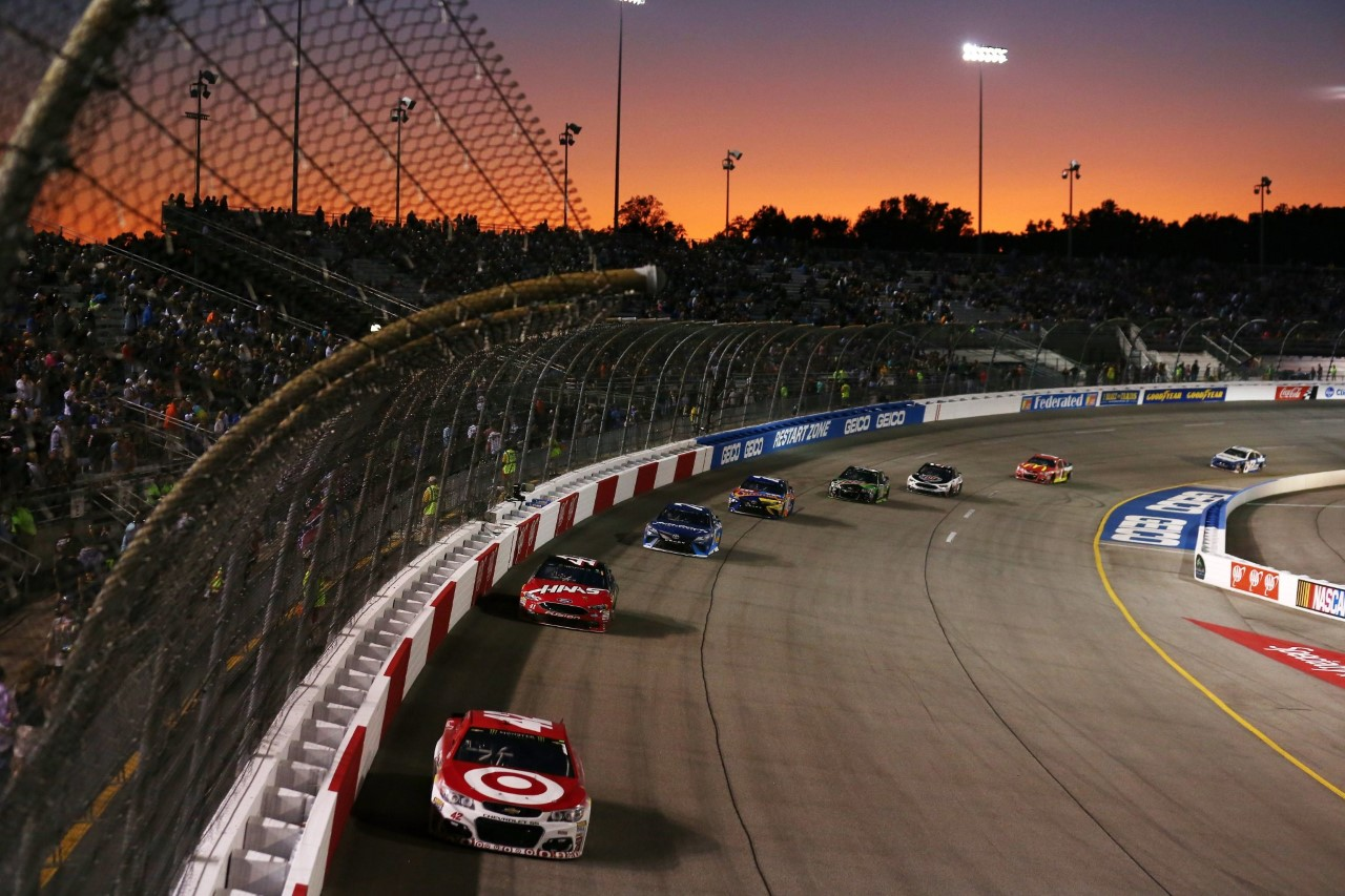 Monster Energy NASCAR Cup - Page 10 170909_RIR_MENCS_Larson