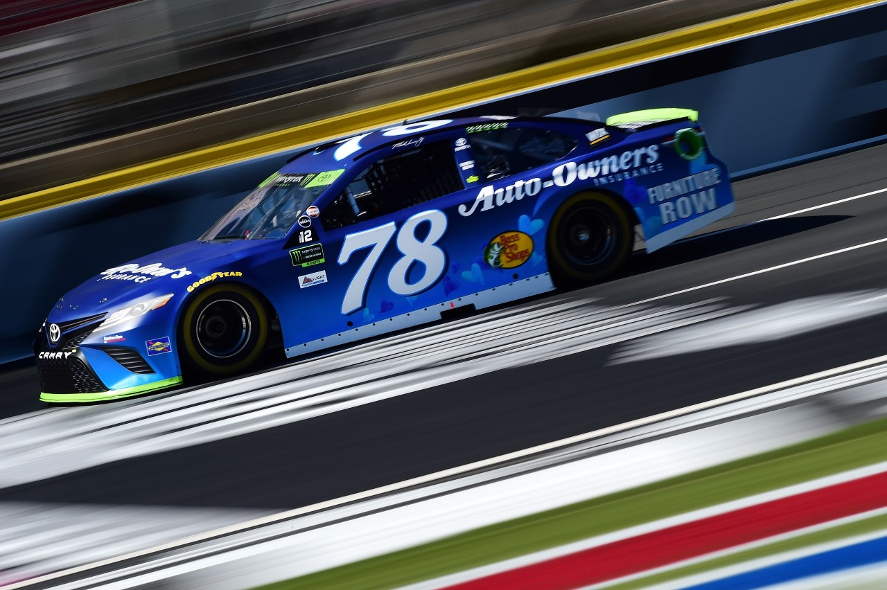 Monster Energy NASCAR Cup - Page 10 171006_02_CMS_MENCS_Truex