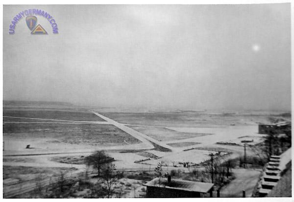 1948: Photo d'ovni sur usarmygermany.com 602nd%20ACWS%201946%2024