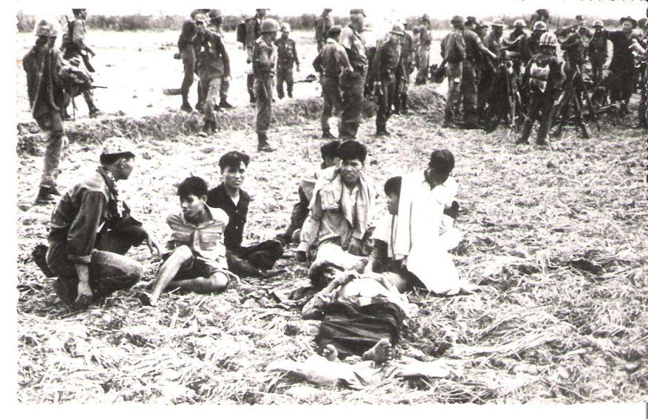 soldats sud-vietnamiens Post-1523-1213392545
