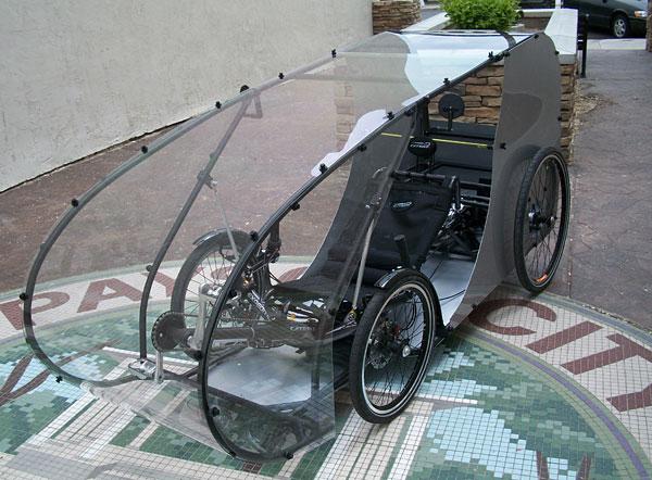 Une excellente idée, avec 4 roues mais parti d'un trike Expédition Iconshot