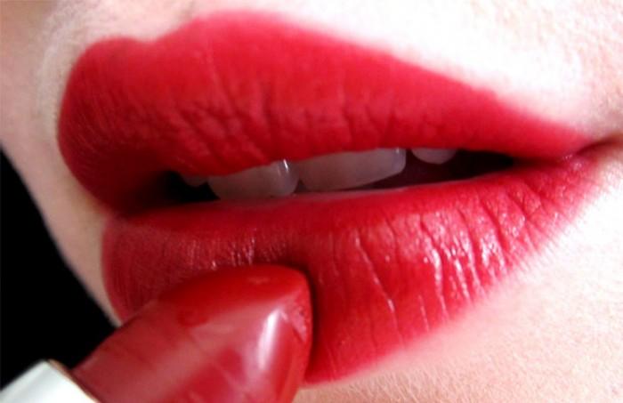 Ruževi za usne Karmin-700x453