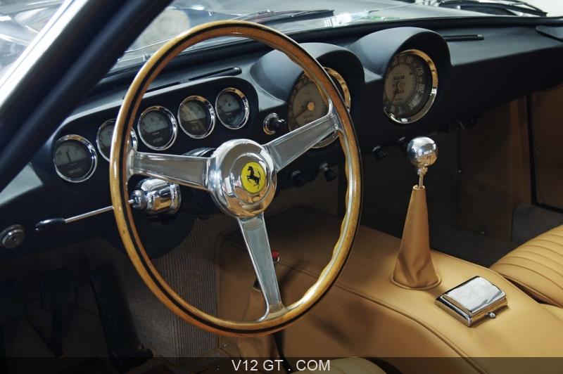 [Photos et Vidéos] Les Belles Américaines ...  - Page 3 Sellerie-Caribex-Ferrari-250-GT-Lusso-anthracite-tableau-de-bord_zoom