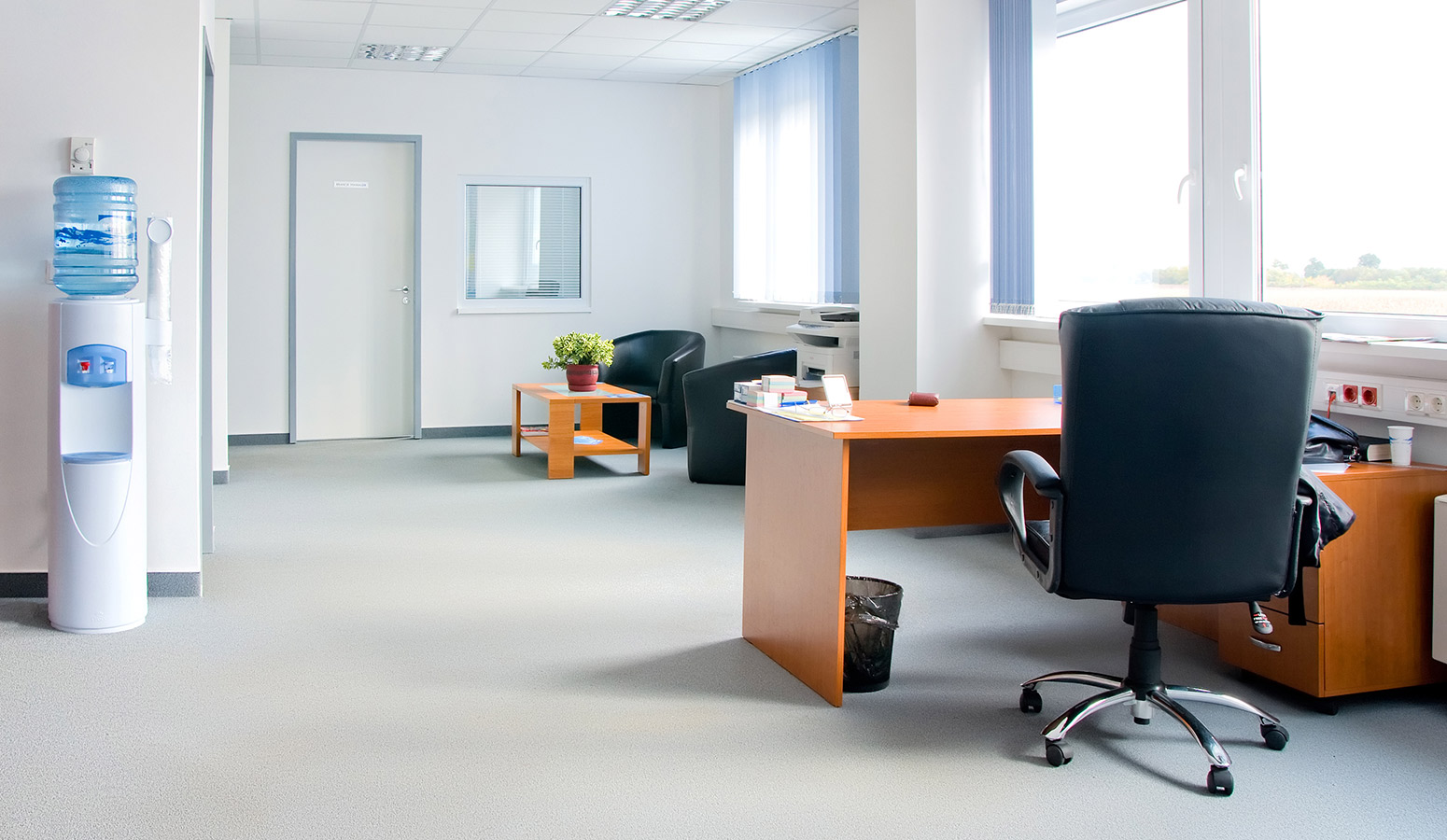 How to Find the Best Carpet Cleaning Service Melbourne Office-5
