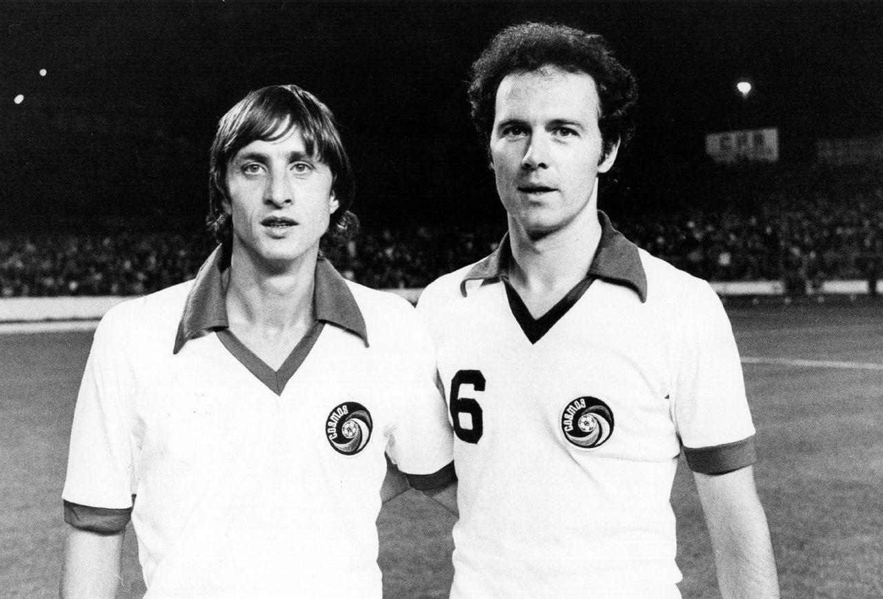 ¿Cuánto mide Johan Cruyff? - Altura - Real height Johan-cruyff-and-franz-beckenbauer-55324