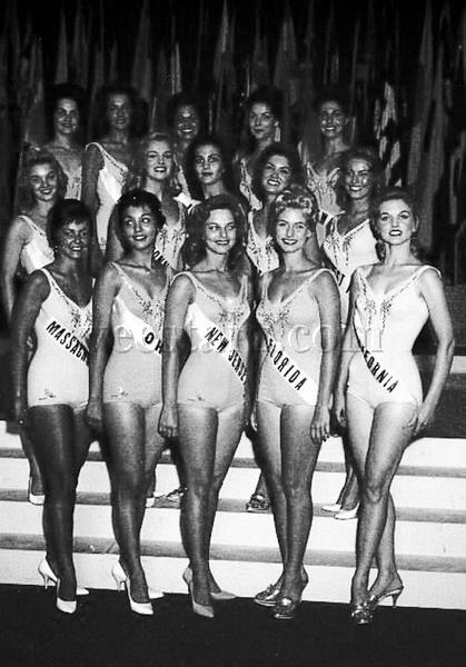 MISS UNIVERSE IN HISTORY! 1960mu-usa-04