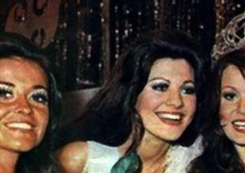 MISS UNIVERSE IN HISTORY! 1972mu-aus-10a