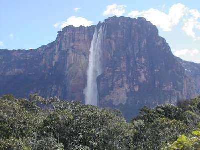 Plus haute cascade: Salto Angel (Trouvé par Chams) - Page 2 Saltoangel400