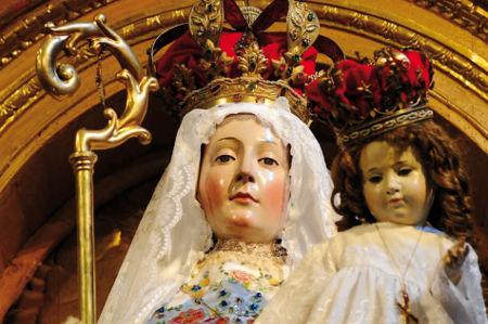 Notre-Dame du Bon Succès Figure-statue-notre-dame-du-bon-succes-