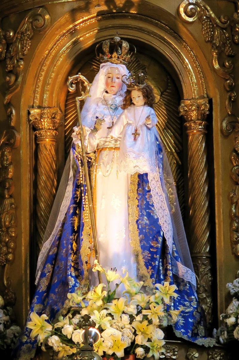 Notre-Dame du Bon Succès Statue-Notre-Dame-du-Bon-Succes