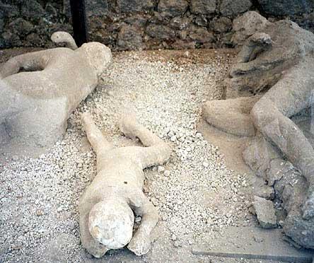 مدينه بوبمي التي عذبها الله (بالصور) Pompeii-dead