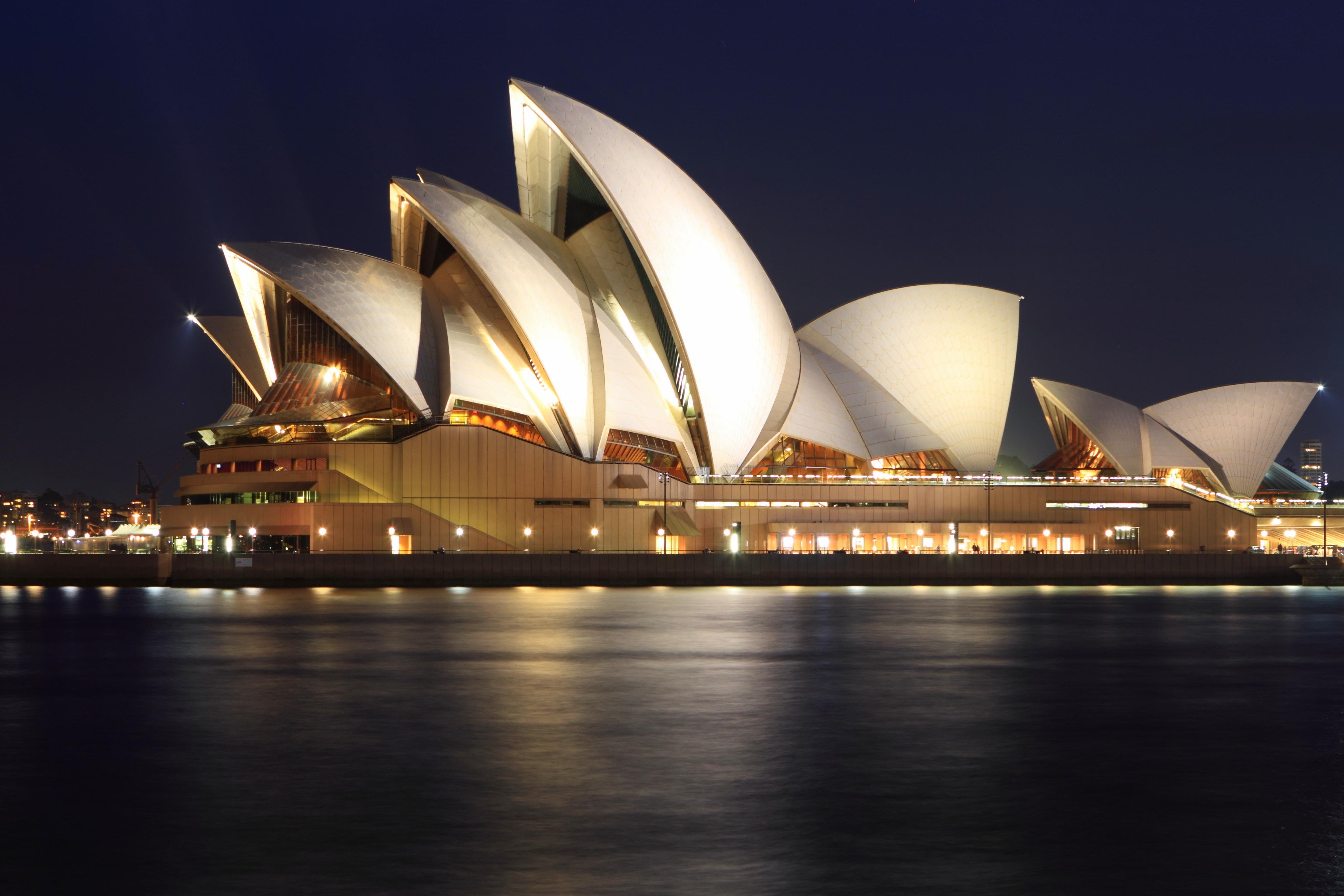 Con l'immigrazione si può fare come l'Australia? Australia_sidney
