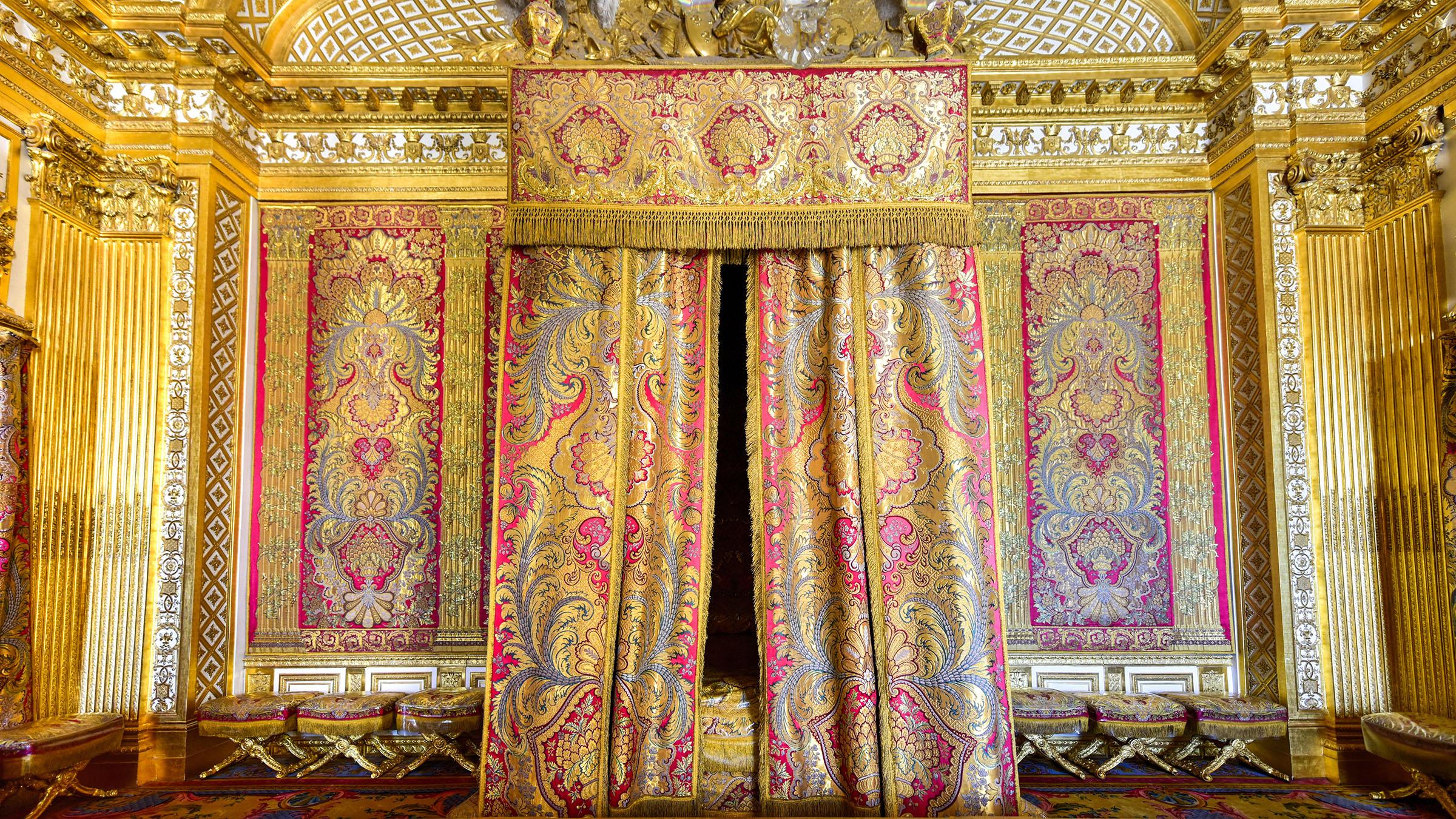 Casas encantadas. Interior-Museo-Versalles