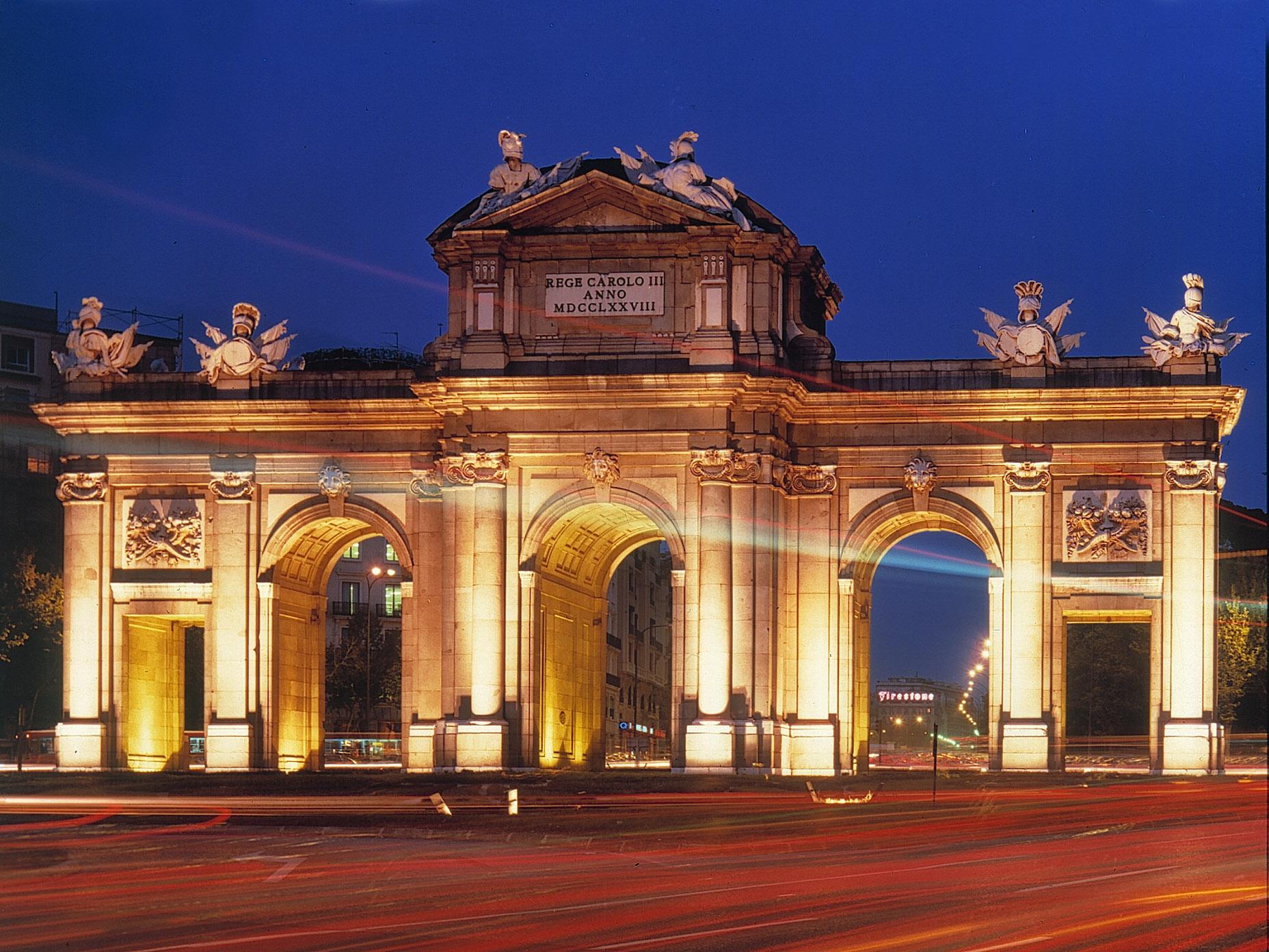 Lugares para visitar en Madrid.  Puerta-de-Alcala
