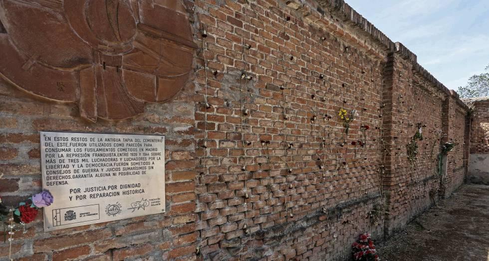 Las trece rosas - libro de contenido histórico de Jesús Ferrero - formato epub y pdf 1494269140_783186_1494269587_noticia_normal