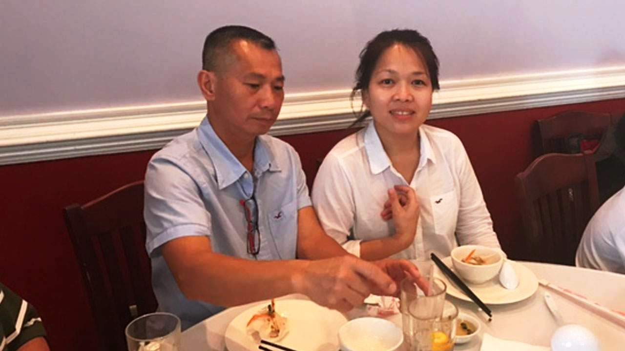 Mỹ bắt 1 bà da đen trong vụ cướp cửa hàng khiến vợ chồng gốc Việt chết Tkmarketplace1