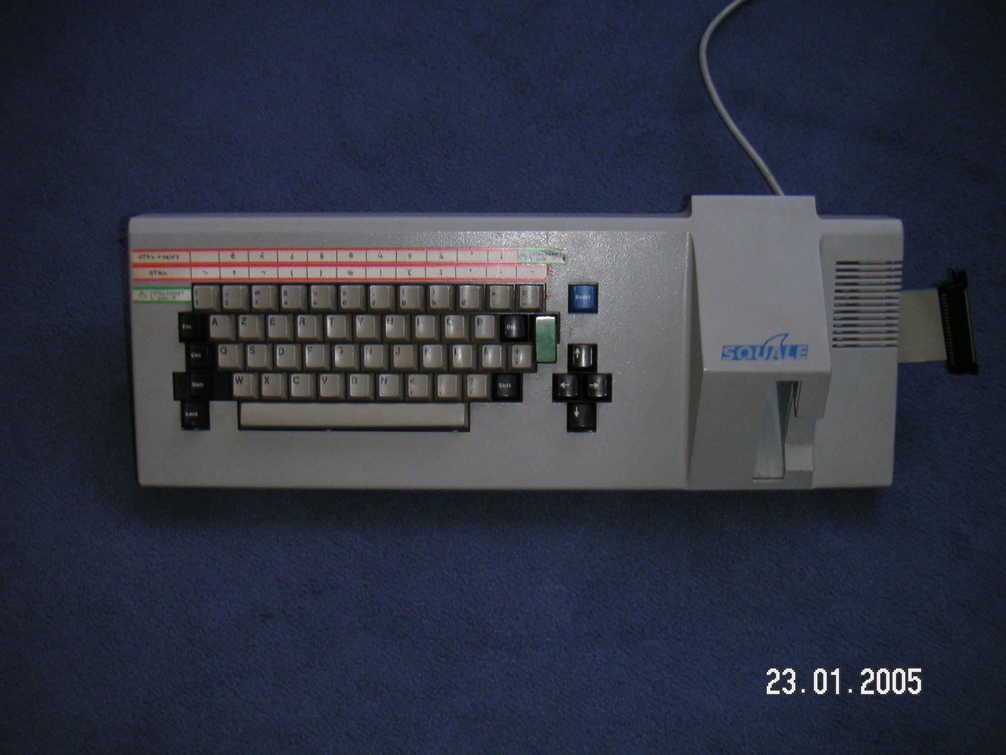 Débat : Le plus bel ordinateur 8/16 bit - Page 3 PICT0028