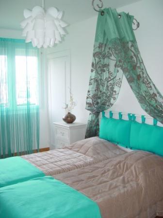 je recherche des photos de chambres d enfant dans les turquo Chambre_turquoise