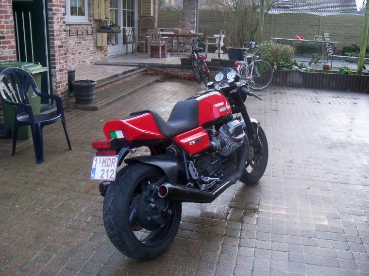 Guzzi... juste l'essentiel des Café Racer - Page 38 Moto-guzzi-le-mans-850-image-2-760x570