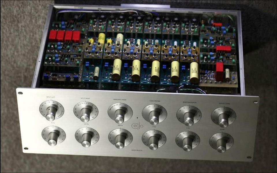 Controles de tono si/no - Página 2 Cello-Audio-Palette-inside-e1373834134830