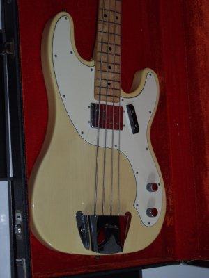 Baixo Squier Vintage Modified P-Bass® TB Telebass1300