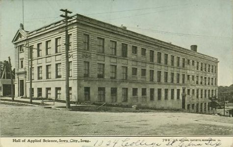 Villes et villages en cartes postales anciennes .. - Page 22 Iowa-city-ia-college-university-science-building