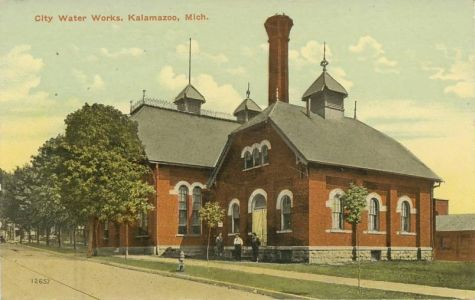 Villes et villages en cartes postales anciennes .. - Page 22 Kalamazoo-mi-michigan-water-works