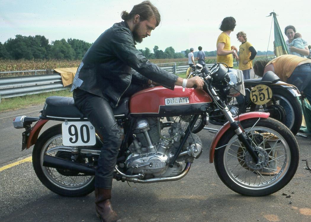 Ducati 750SS - VIR September 1974 Rf-0974-06