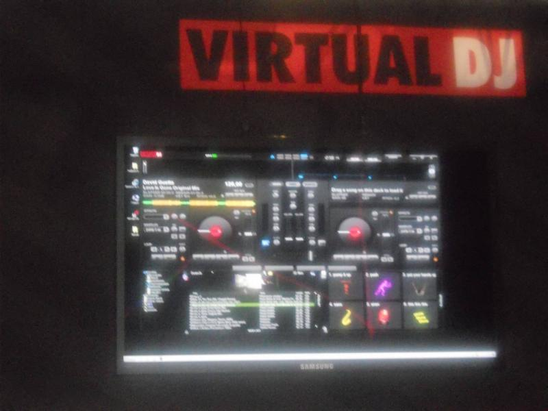 VirtualDJ 8 Prime informazioni ed immagini. VirtualDJ-8-03