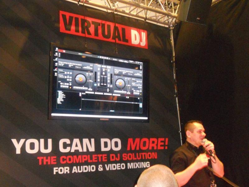 VirtualDJ 8 Prime informazioni ed immagini. VirtualDJ-8-01