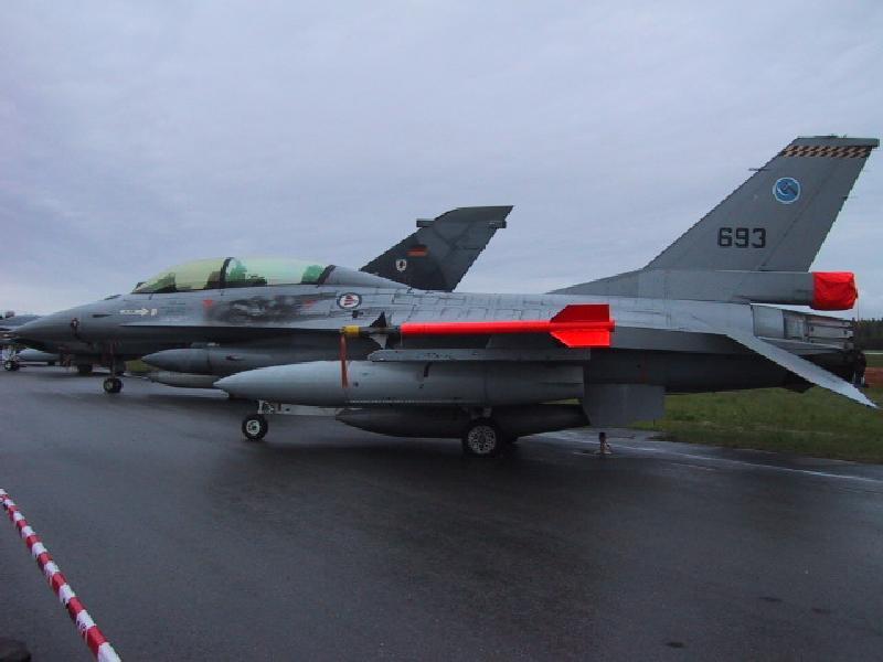 Авионот на Путин Planes-f161