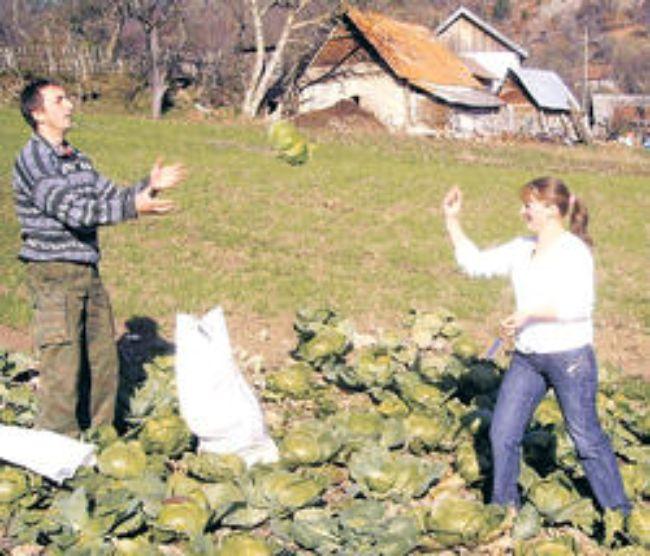 Vajzat shkodrane nuse nè serbij?!!! Vera-cardaku_darko-stjepanovic