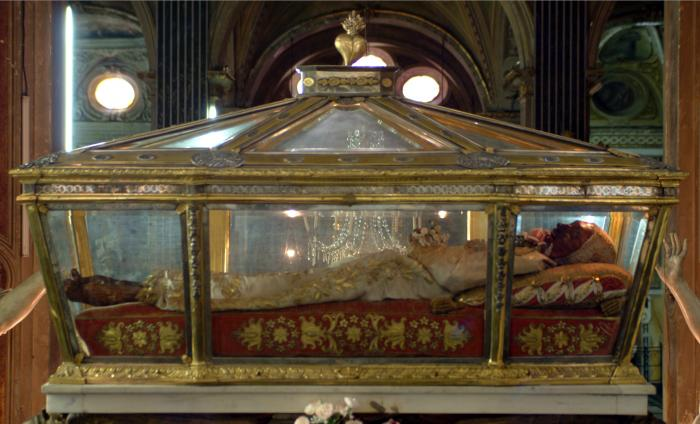 Sainte Catherine de Gênes Santuario%20Santa%20Caterina%20(2)