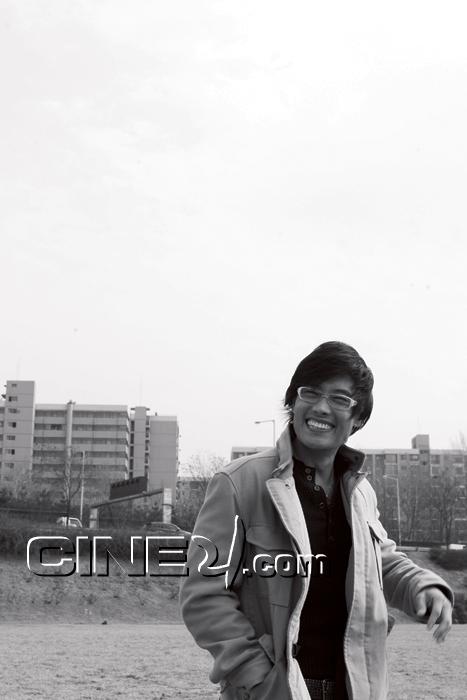 Lee Byung Hun / Ли Бен Хон не пьет одеколон  - Страница 2 303345_image2_1