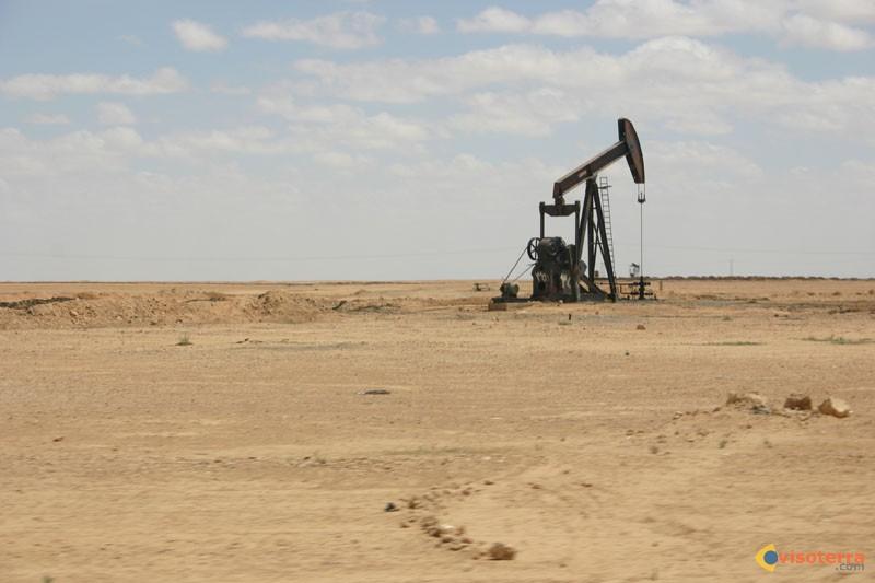 Guerre de l'eau au pays des deux fleuves Le-petrole-visoterra-27867