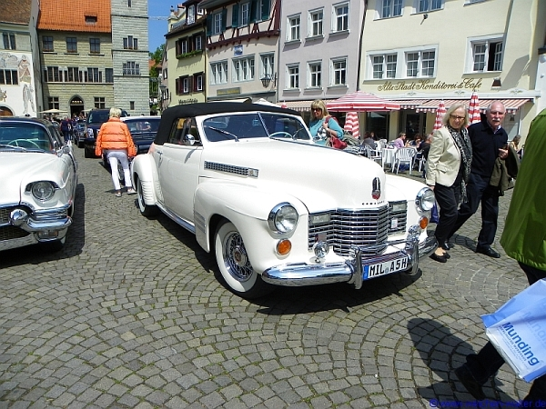 Cadillac Tour macht in Überlingen Kaffepause 2012.05.18.cadillac_ueberl10k_detail