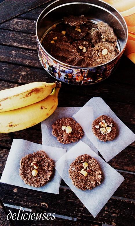 Cookies με φυστικοβούτυρο, μπανάνα και φαγόπυρο χωρίς ψήσιμο 0512