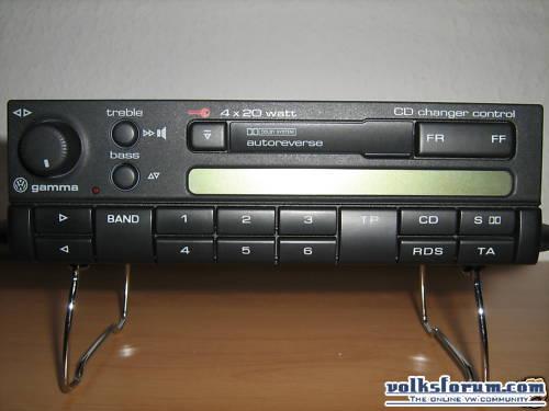 Polo 6N Deutsche Post (Autoradio Fail, cherche solution) BkTC5FmkKGrHqUH-C8EsP-Z9WDBLCTlnrN_12
