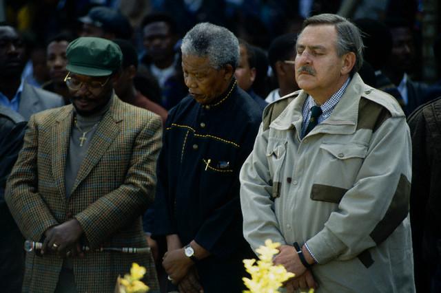 Pik Botha overleden. Mandela-pik-botha