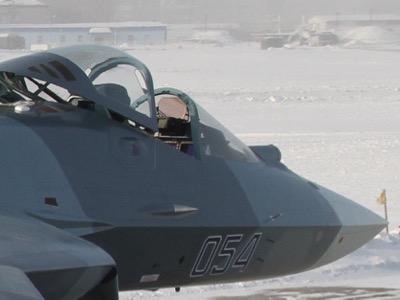 المقاتلة الروسية  T-50 الروبوت الطائر : مقاتلة الجيل الخامس  1_-_1_1_-162-43ee6