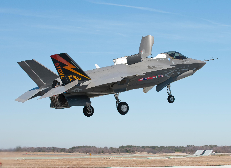 t50/pak fa  ليست شبحيه حتى الان بالتحليل والصور والمصادر  - صفحة 2 F-35_JSF_3